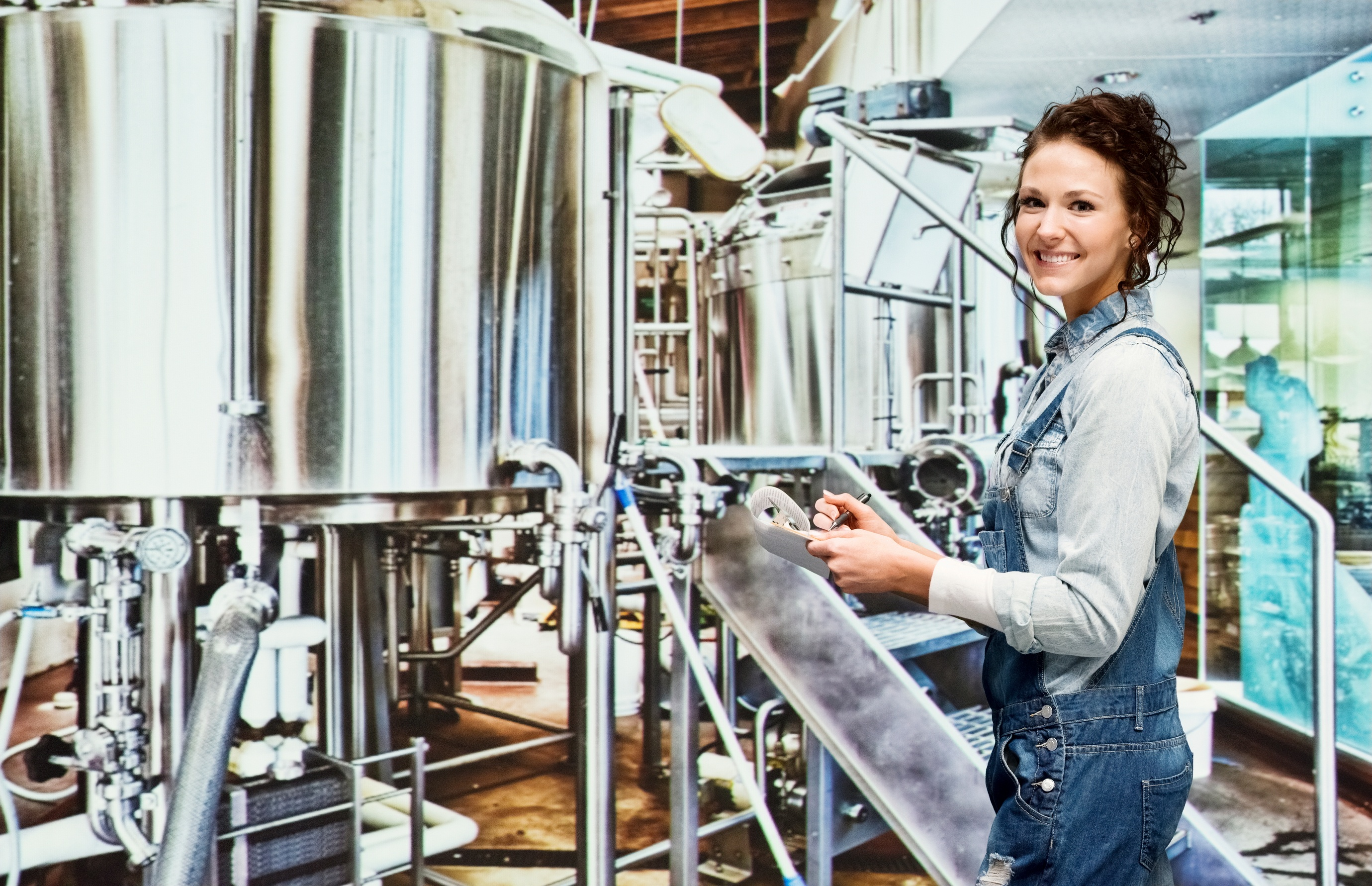 Brewer woman_64067695_LARGE.jpg